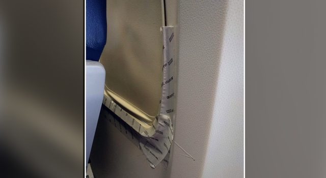 bandă adezivă avion