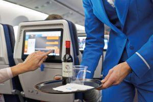 ce trebuie să știi despre consumul de alcool și zborul cu avionul