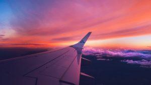 zbor lung cu avionul